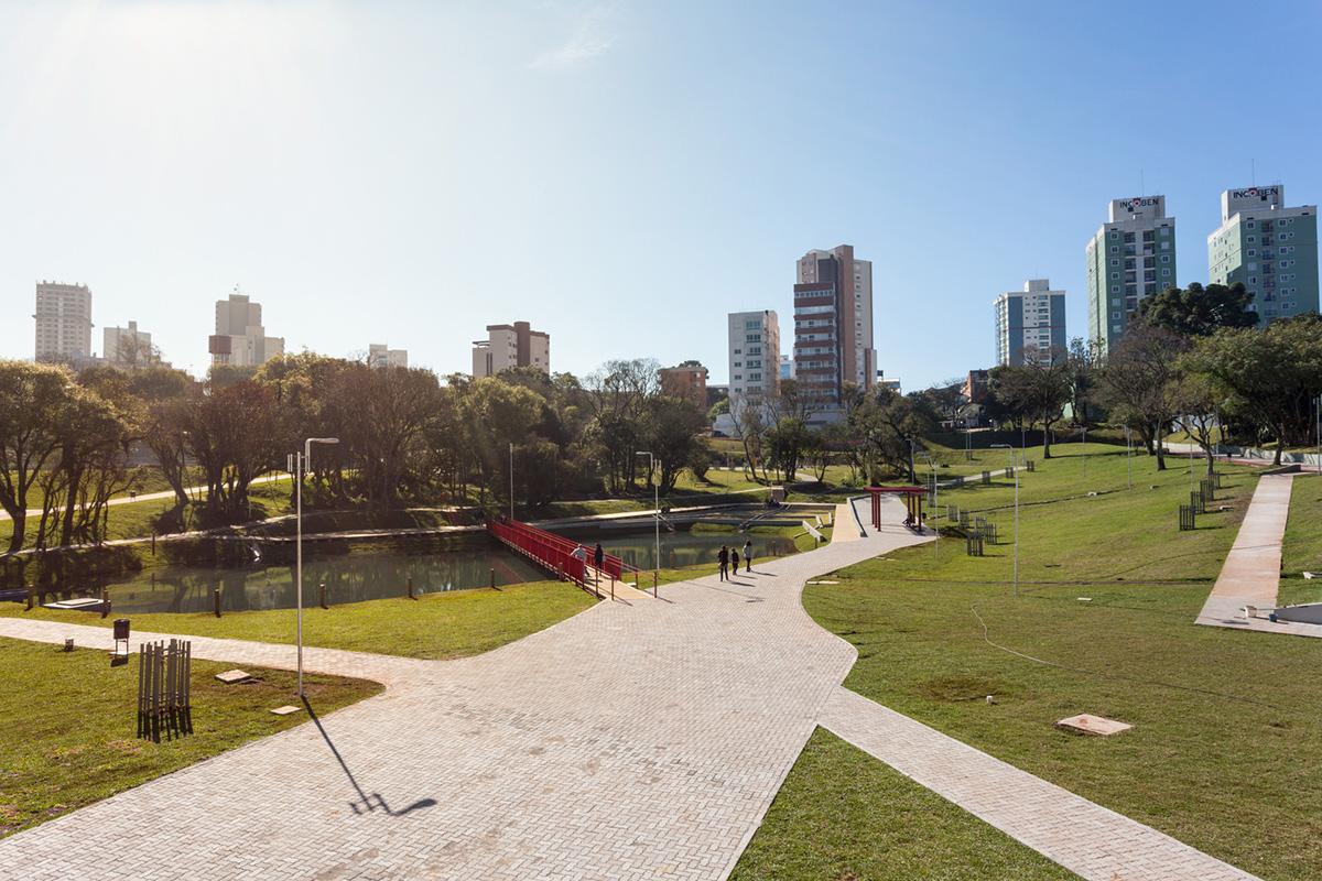 05-parque-da-gare-idom-foto-marcelo-donadussi
