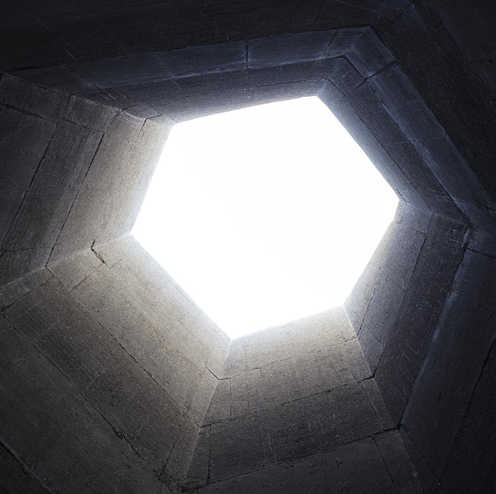 08-arquitectura-chilena-memorial-27f-juan-agustin-soza-ricardo-atanacio-foto-marcos-mendizabal