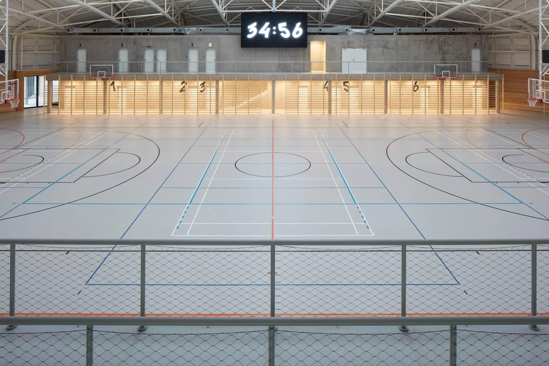 4-centro-deportivo-Dolní-Břežany