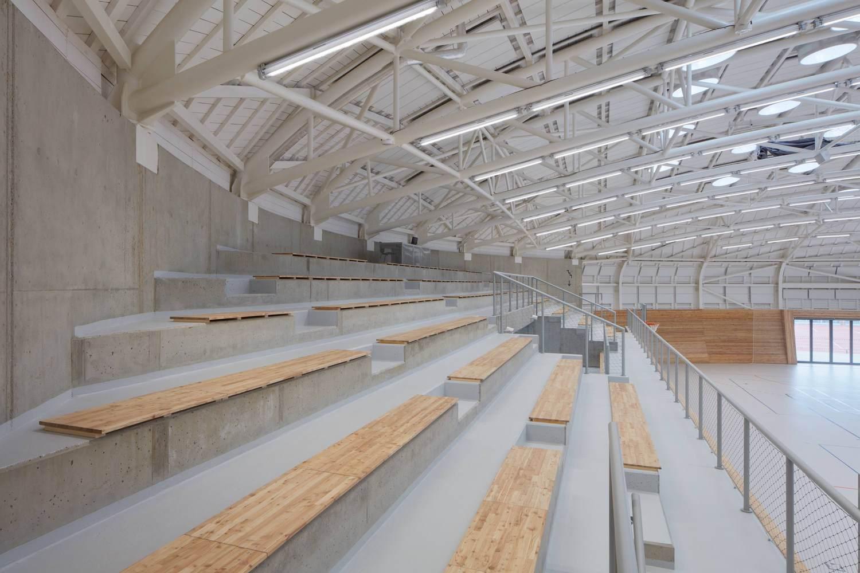 6-centro-deportivo-Dolní-Břežany
