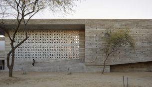 Edificio E por Barclay & Crousse Arquitectos