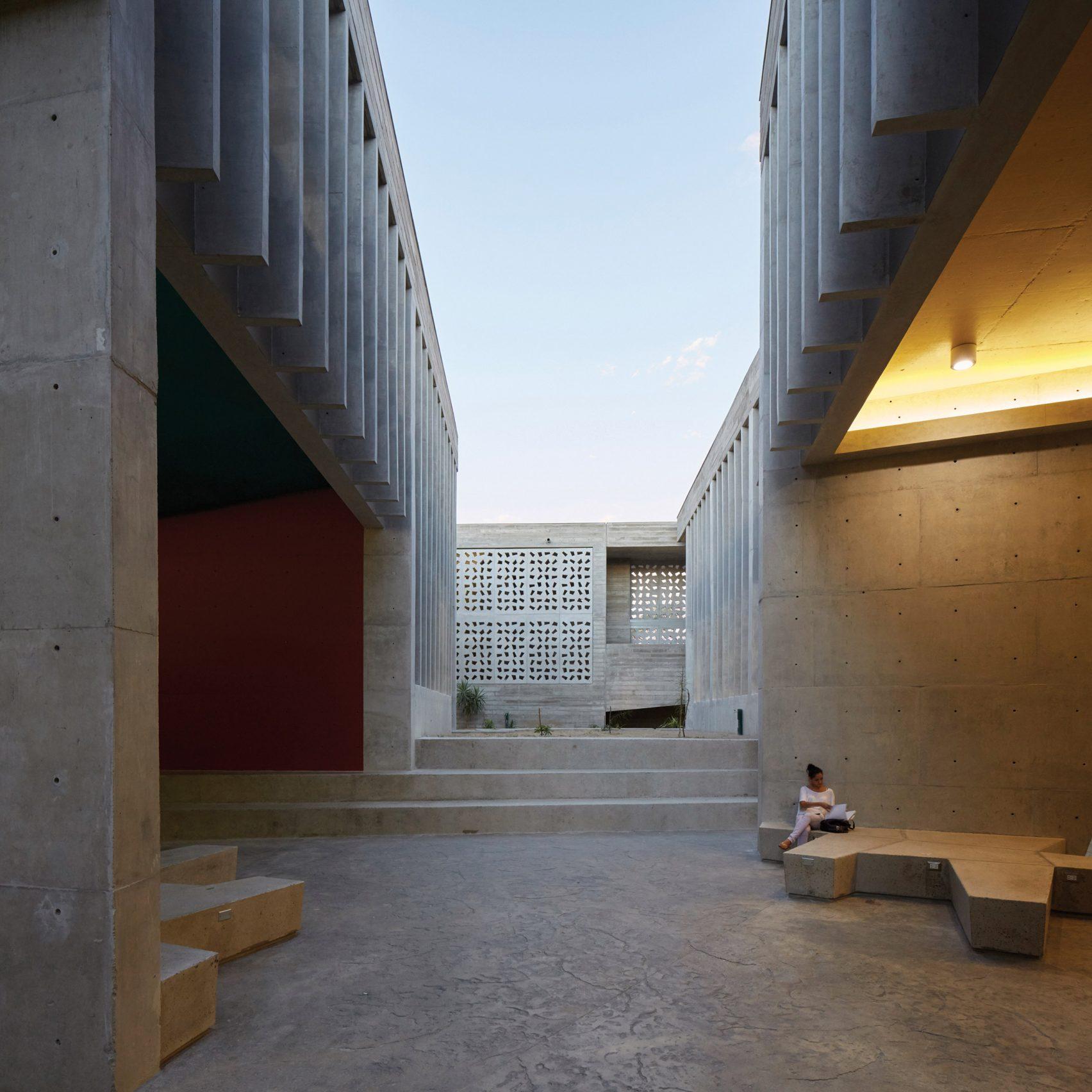 Edificio-E-Barclay- Crousse-Arquitectos-Cristóbal-Palma-05