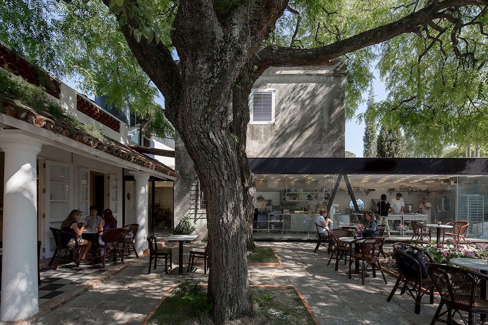 La-Linda-Bakery-Pedro-Livni-Arquitecto-1