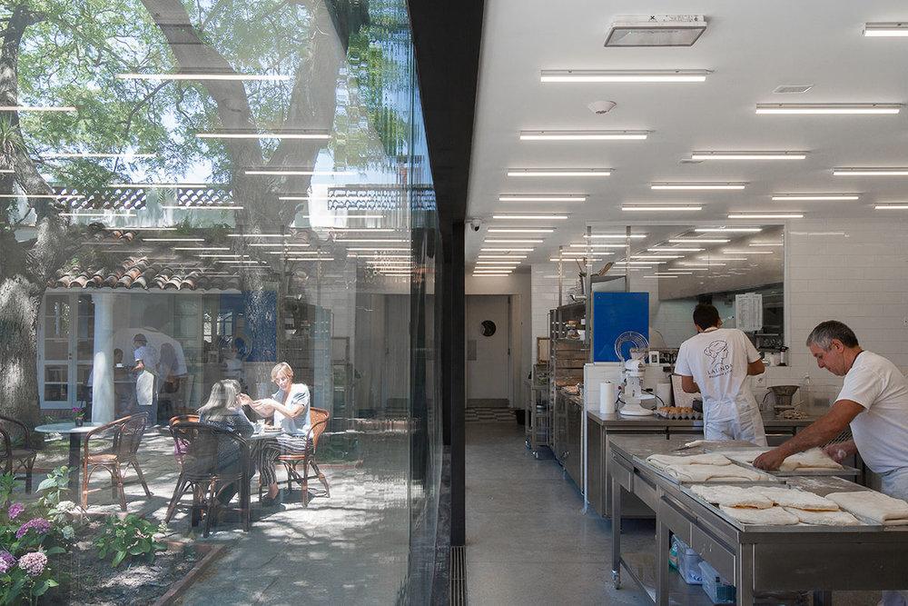 La-Linda-Bakery-Pedro-Livni-Arquitecto-3