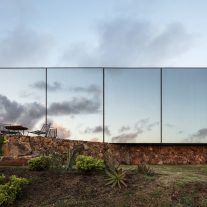 Sacromonte-Crafted-Wines-Landscape-Hotel-Uruguay-14-1024x683