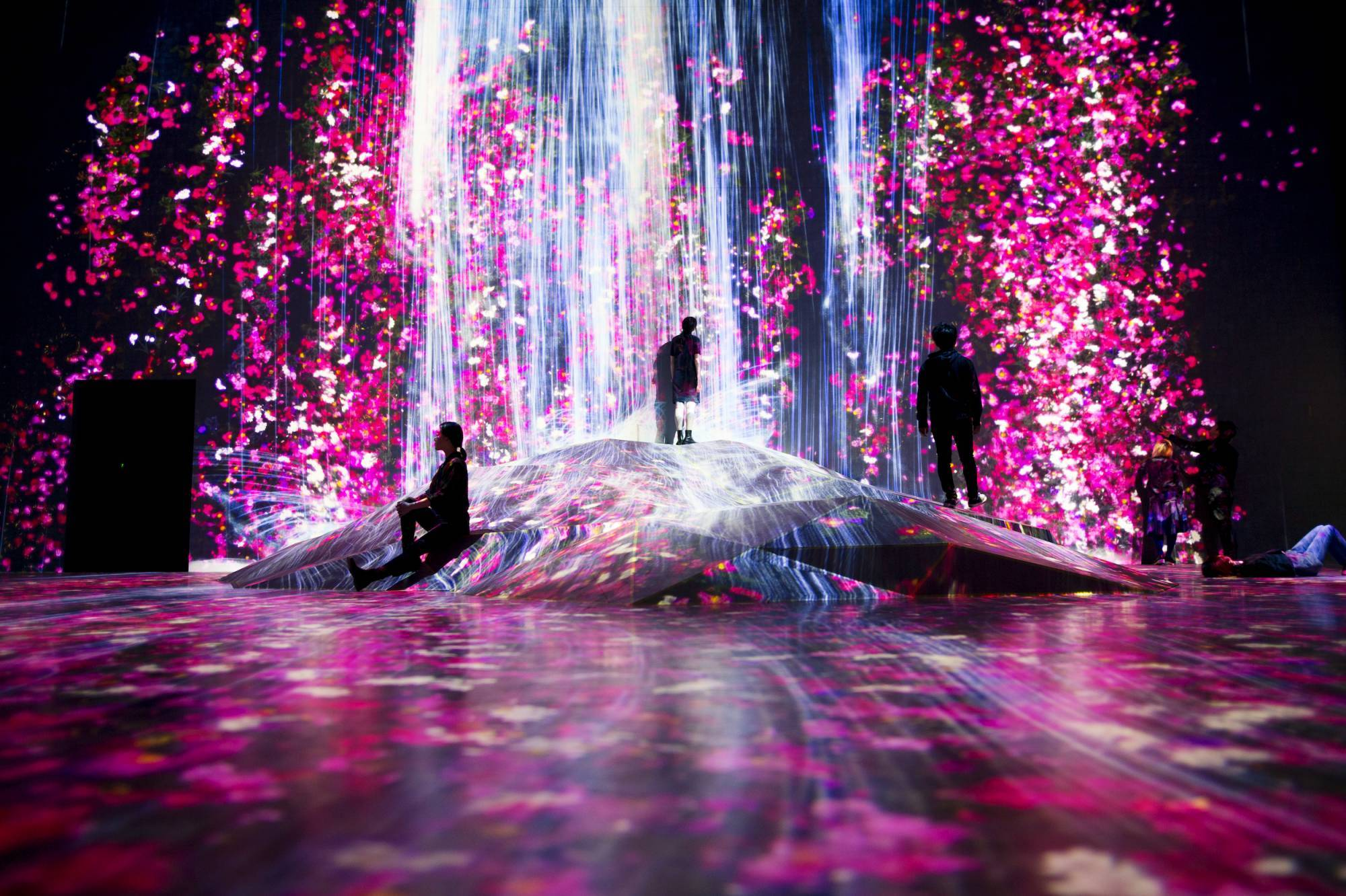 borderless- teamlab-4