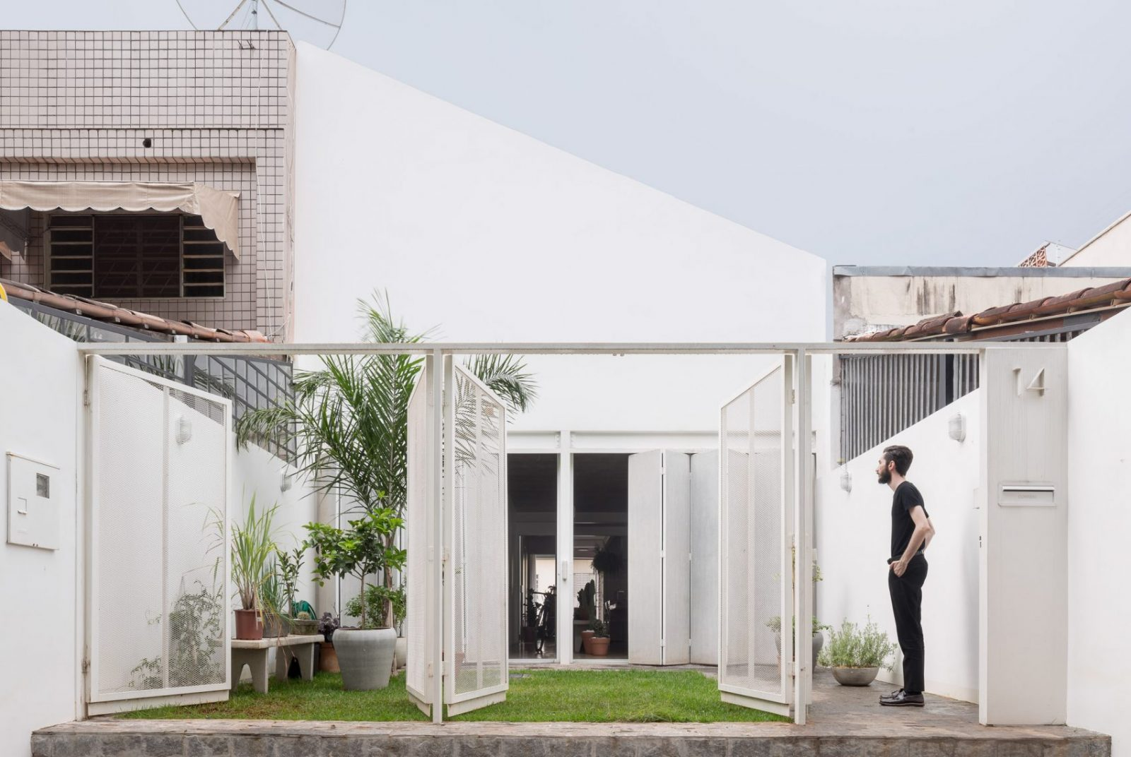 casa-711h-bloco-arquitetos-Joana-Franca-02-1600x1072