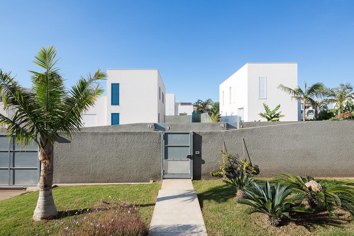 sciveres-gurrieri-garden-housing-11