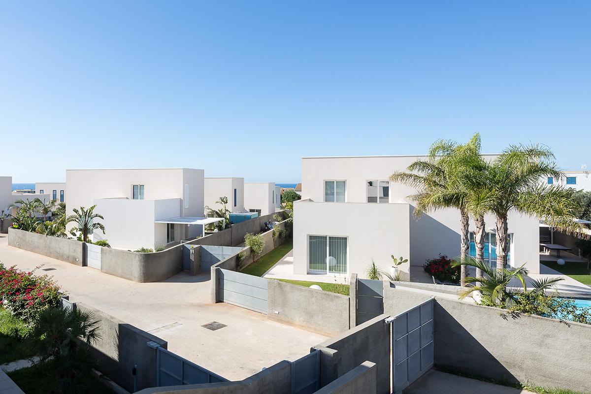 sciveres-gurrieri-garden-housing-12