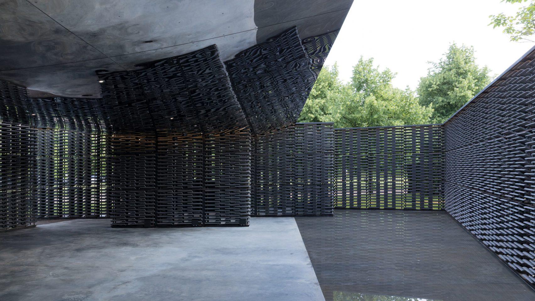 serpentine-pavilion-frida-escobedo-iwan-baan-01