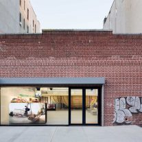 supreme-brooklyn-store-neil-logan-architect-1