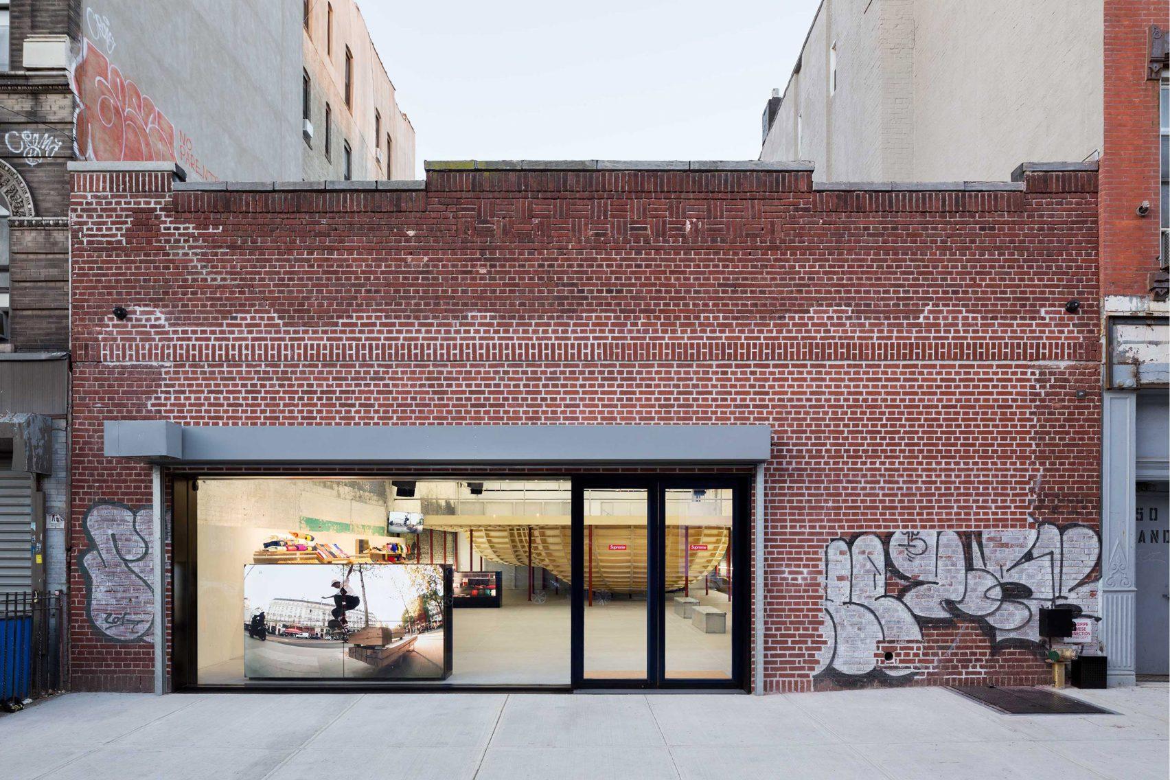 supreme-brooklyn-store-neil-logan-architect-1