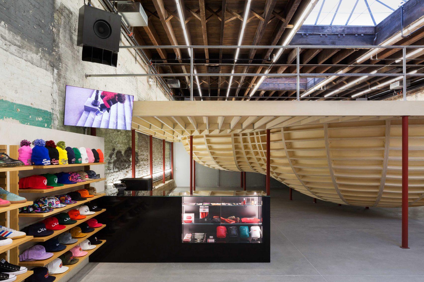 supreme-brooklyn-store-neil-logan-architect-2
