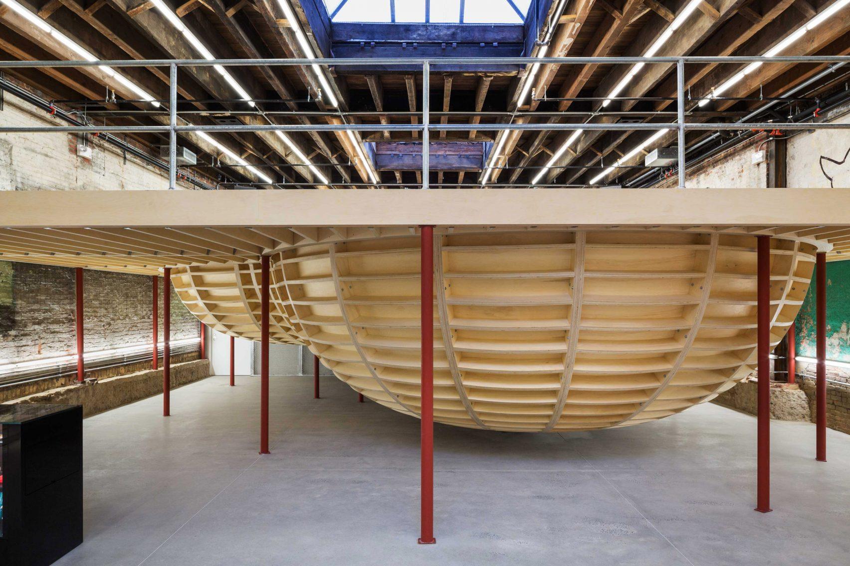 supreme-brooklyn-store-neil-logan-architect-3