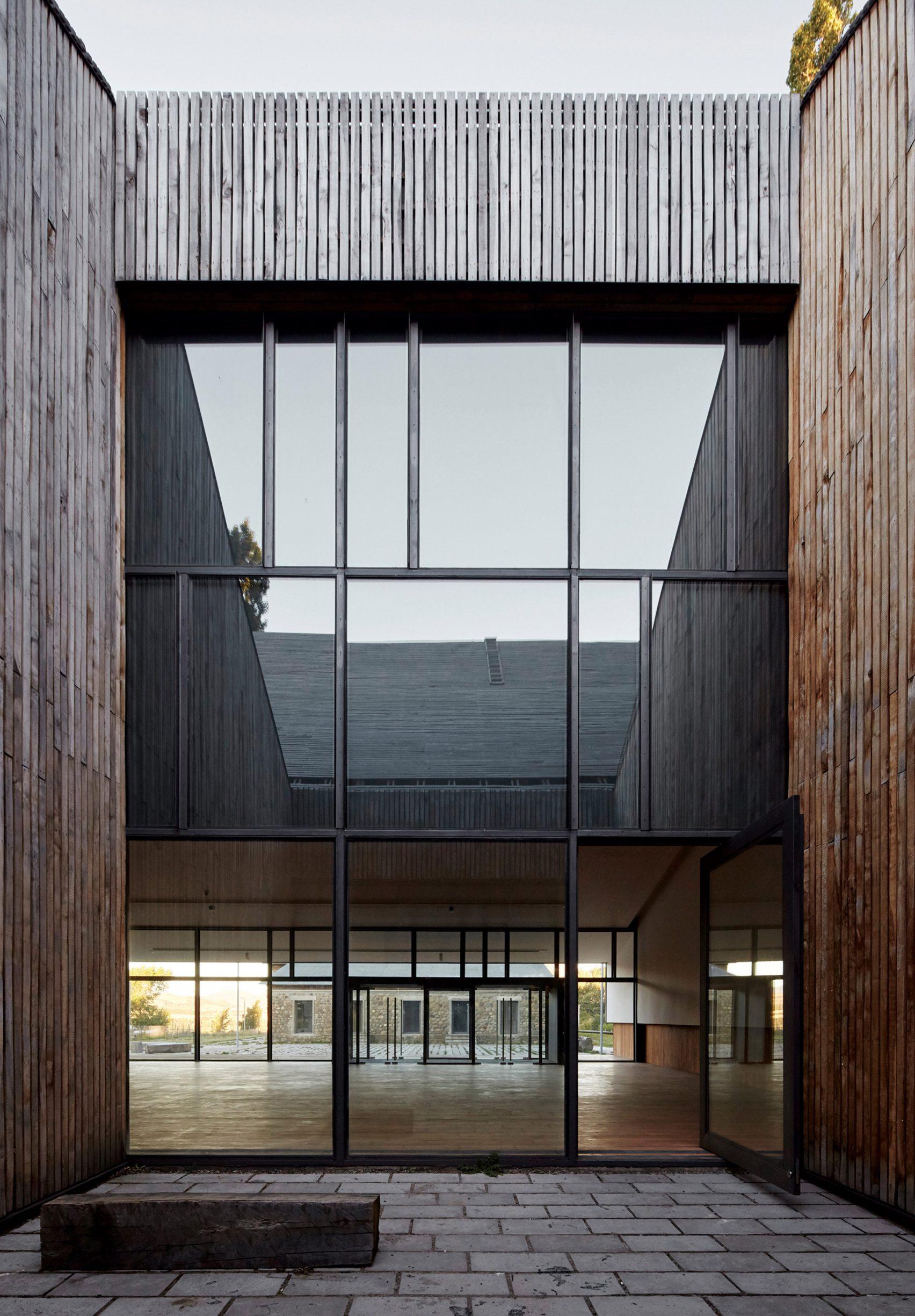 museo-regional-aysen-bbats-tirado-arquitectos-cristobal-palma-02