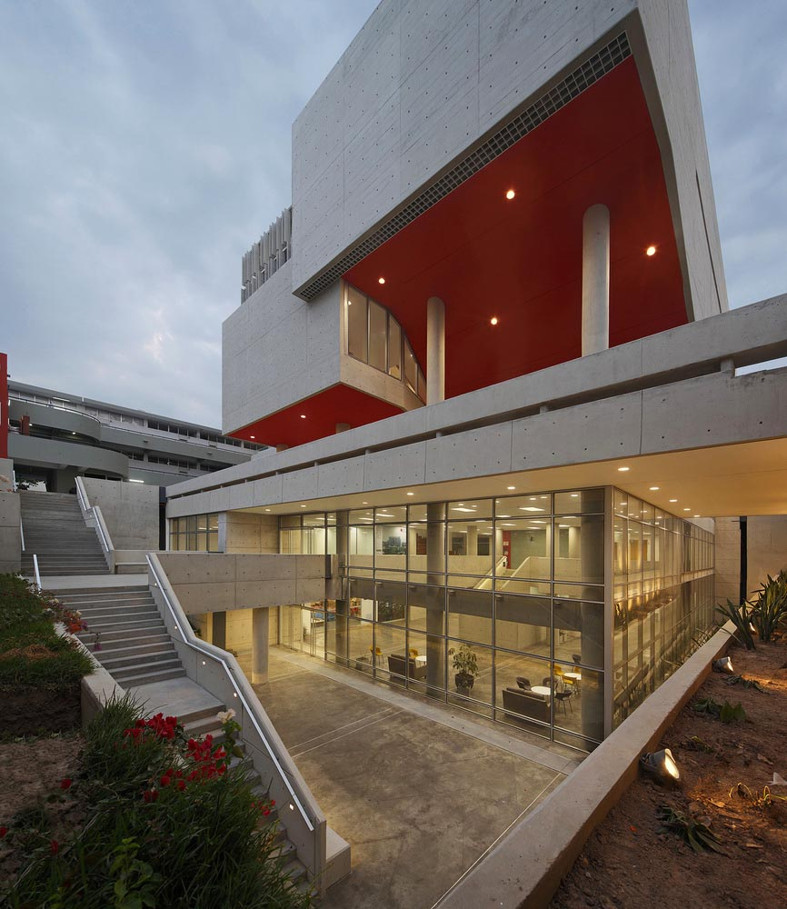 Complejo-Academico-PUCP-Tadem-Arquitectura-juan-solano-ojasi-03