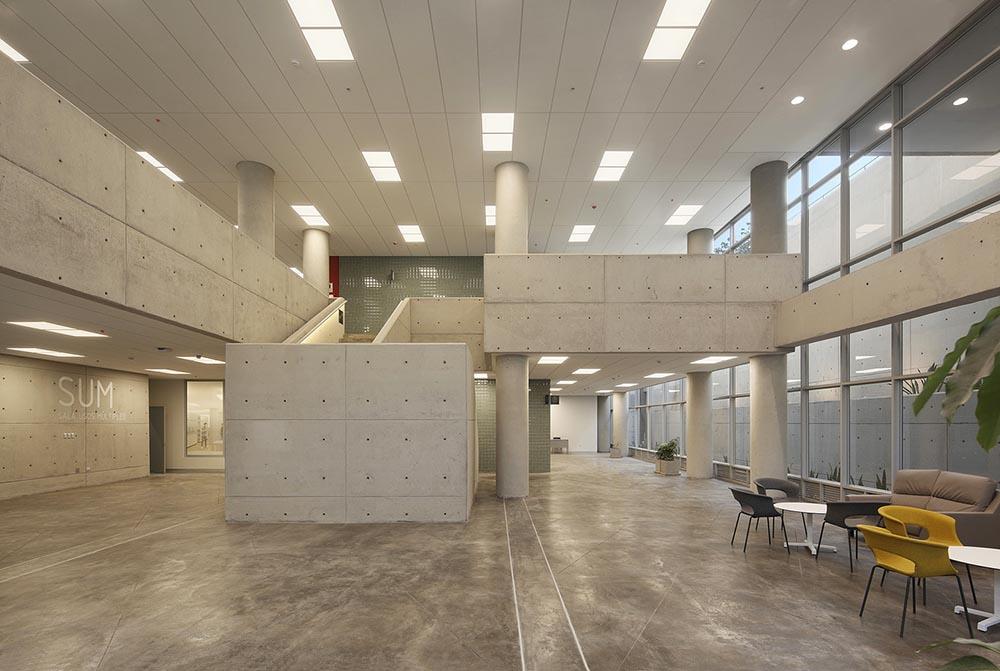 Complejo-Academico-PUCP-Tadem-Arquitectura-juan-solano-ojasi-05
