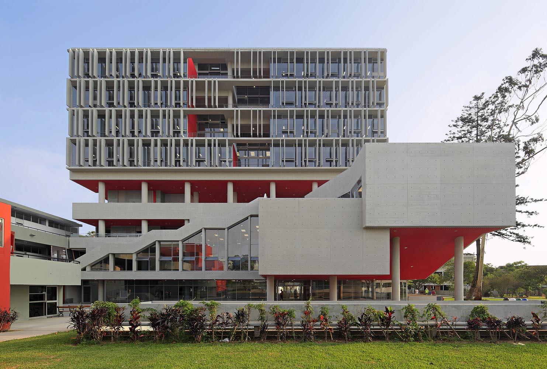 Complejo-Academico-PUCP-Tadem-Arquitectura-juan-solano-ojasi-07