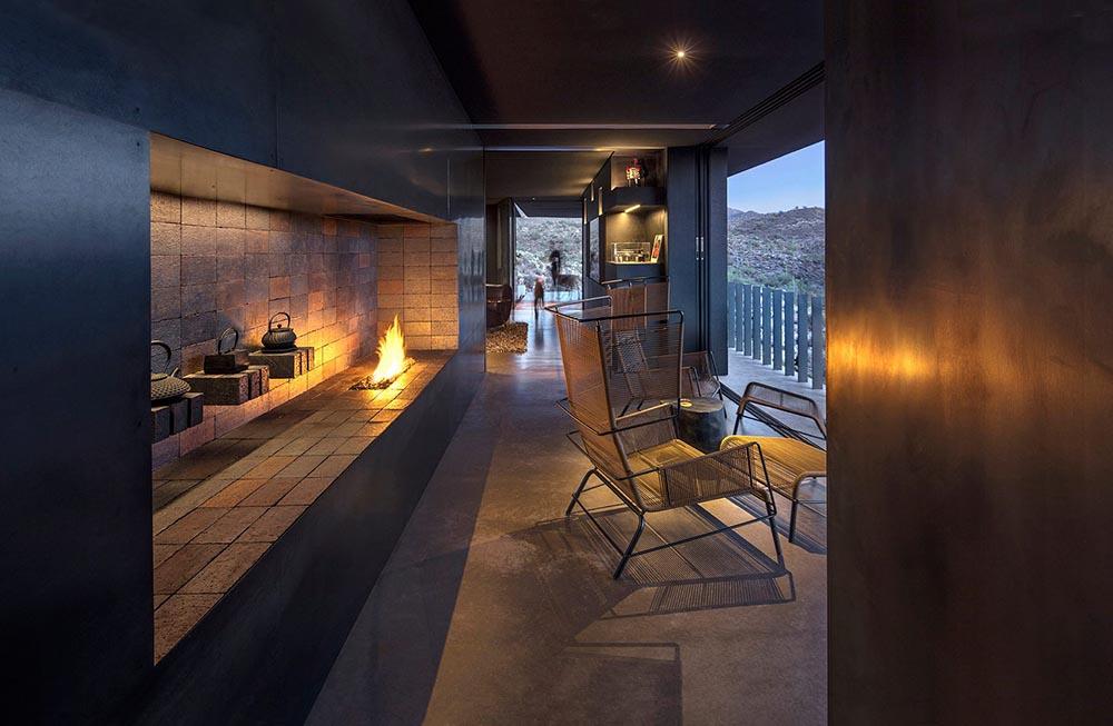 hidden-valley-desert-house-wendell-burnette-architectes-Bill-Timmerman-05