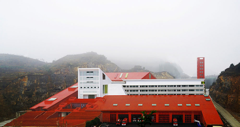 Guizhou-Fire-Station-West-line-Studio-Haobo-Wei-01
