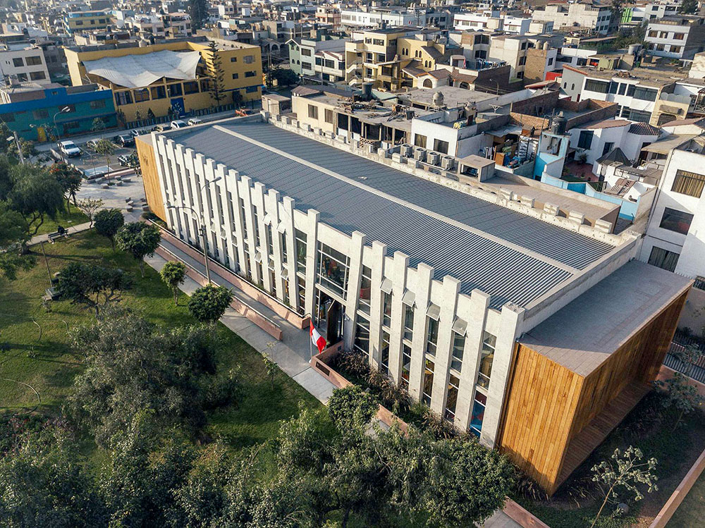 plaza-biblioteca-sur-gonzalez-moix-arquitectura-Ramiro-Del-Carpio-03
