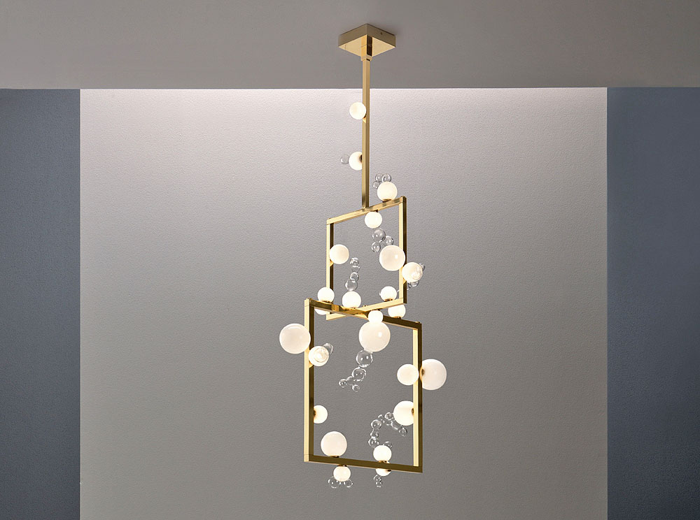 Simone Crestani - Bollicine chandelier two tiers - 80x60 h. 150 cm - Borosilicate glass, brass, led lights - ph. Alberto Parise-L