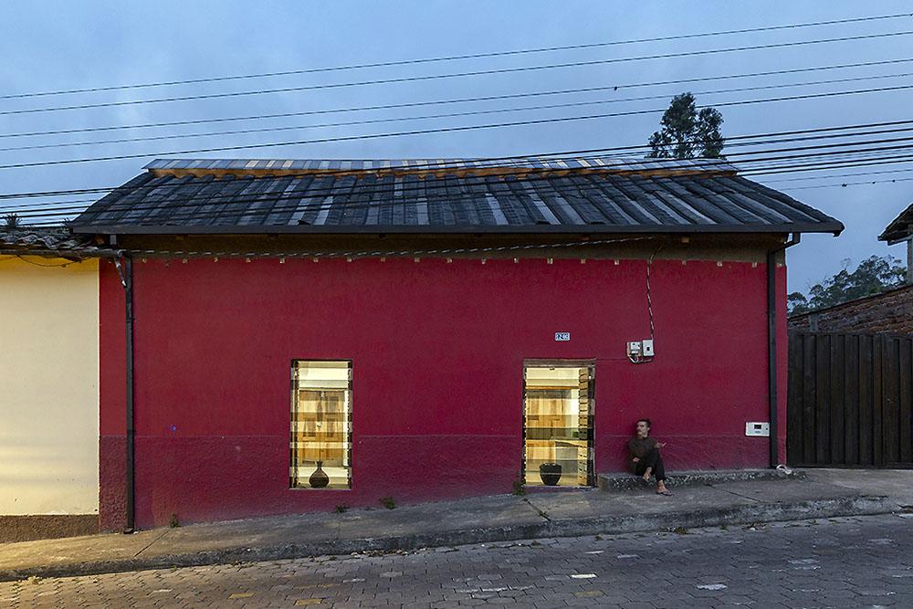casa-camas-aire-al-borde-jag-studio-01