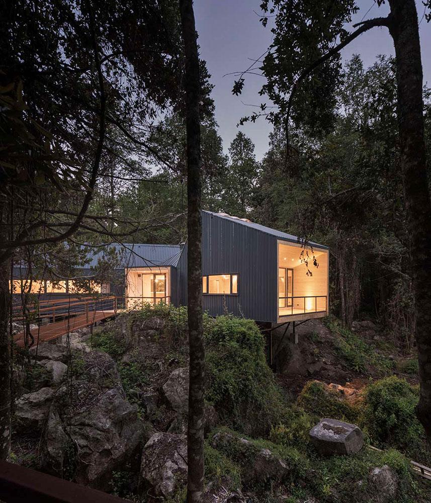 casa-sobre-las-rocas-sgh-arquitectos--03