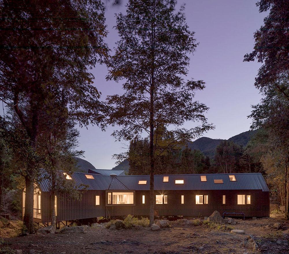 casa-sobre-las-rocas-sgh-arquitectos-nicolas-sanchez-04