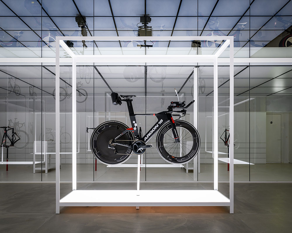 united-cycle-lab-store-johannes-torpe-Alastair-Philip-Wiper-03