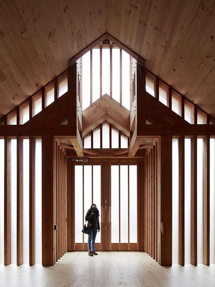 Belarusian-Memorial-Chapel-Spheron-Architects-01