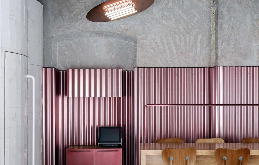 rare-pastrami-bar-crosby-studios-Mikhail-Loskutov-01