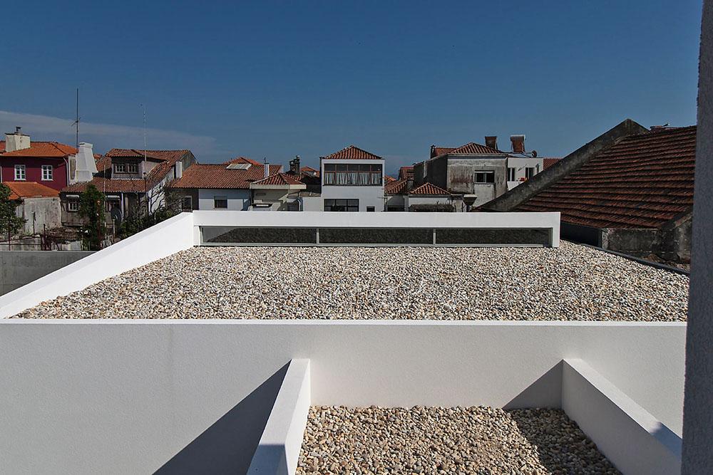 Edificio-Conde-Carreira-Valdemar-Coutinho-Arquitectos-02