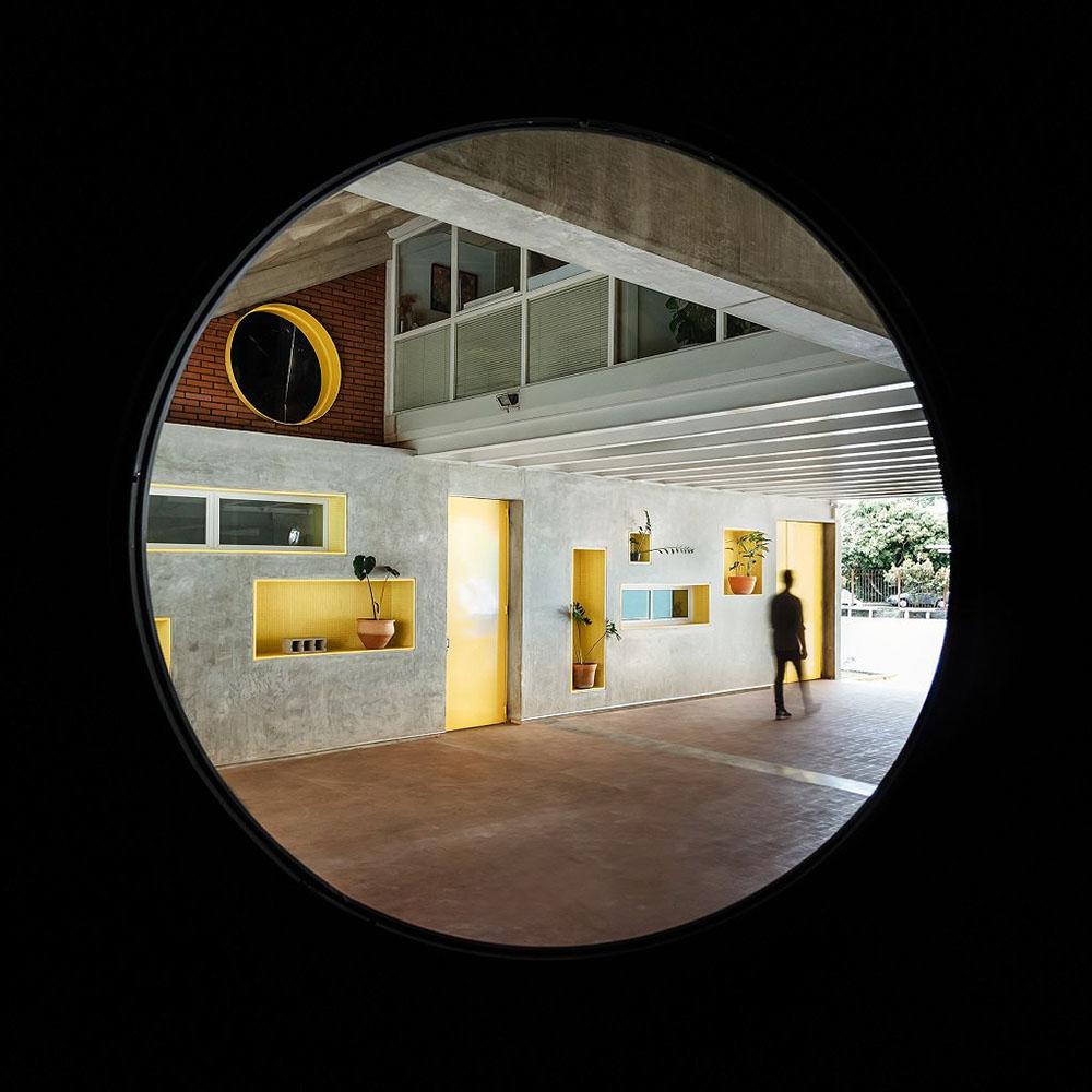 Parasite-Project-Atelier-Caracas-Saul-Yuncoxar-01