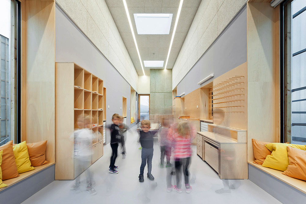 nova-ruda-kindergarten-stolin-architects-alex-shoots-buildings-04
