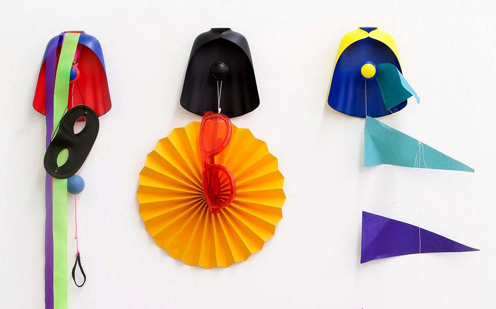 super-hangers-constance-guisset-leblon-delienne-01