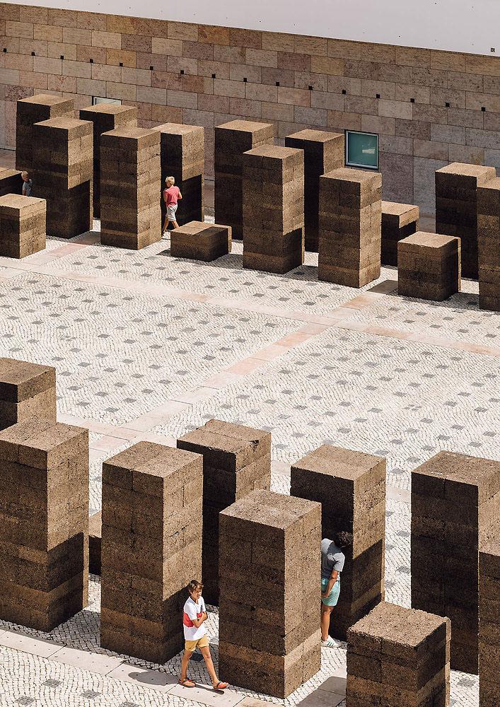 una-plaza-en-verano-promontorio-03