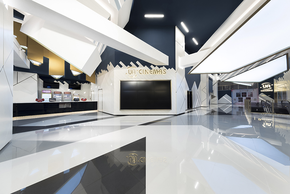 UA-Cinemas-Oft-Interiors-01