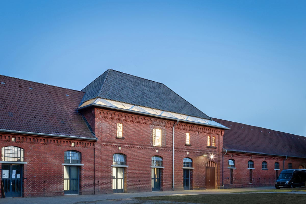 New-Ateliers-University-Fine Arts-Andreas-Schuring-Architects-07