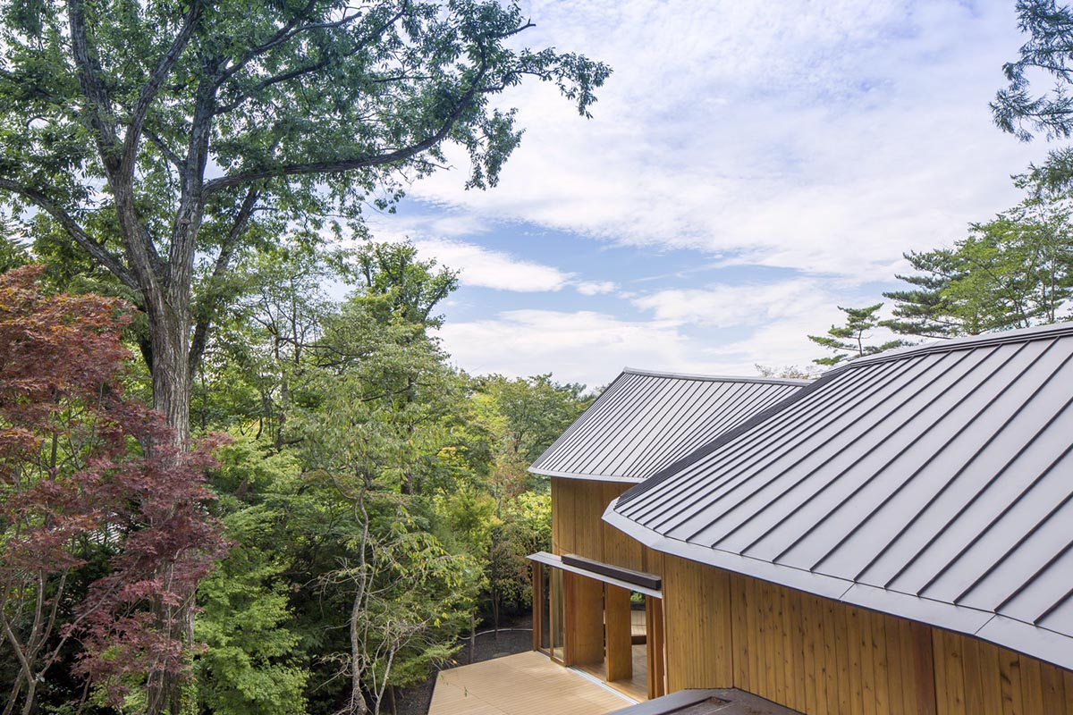 Shishi-Iwa-House-Shigeru-Ban-Architects-02