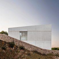 frame-house-nomo-studio-adria-goula-03