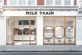milk-train-formRoom-Paul-Lewis-06