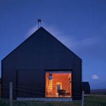 the-black-shed-mary-arnold-forster-architecture-02