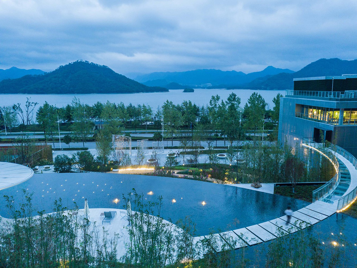 Lakeside-Garden-Topos-Landscape-Architects-Qi-Xi-04
