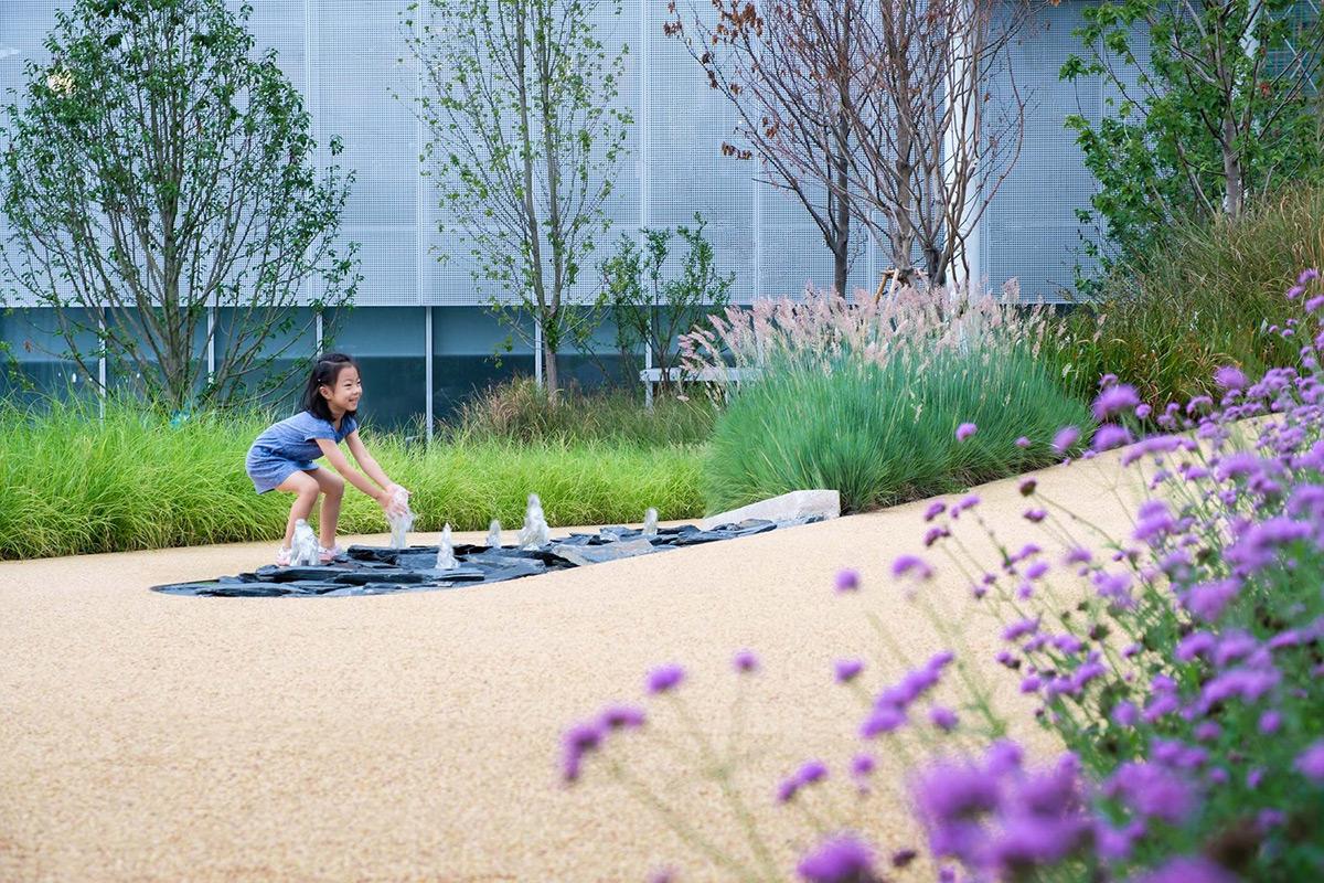 Lakeside-Garden-Topos-Landscape-Architects-Qi-Xi-05