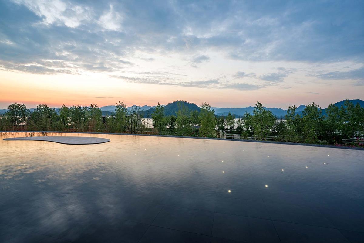 Lakeside-Garden-Topos-Landscape-Architects-Qi-Xi-07