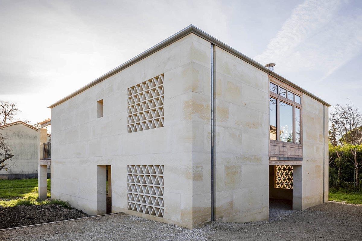 Maison-Bois-Pierre-Perraudin-Architectes-01