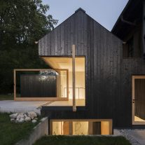The-Black-House-Buero-Wagner-01