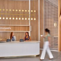 mcdonalds-hq-ia-interior-architects-studio-o-a-01