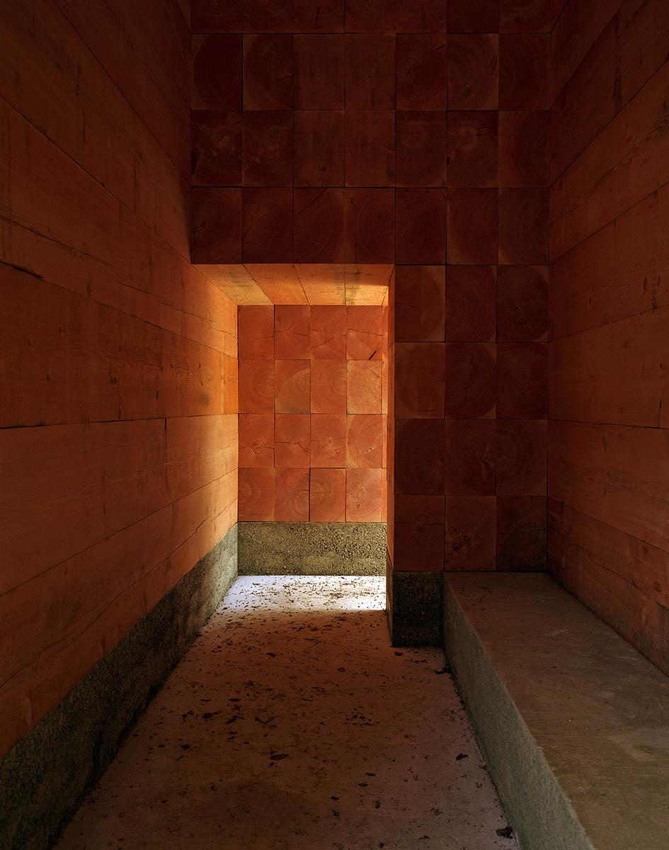 wooden-chapel-john-pawson-Felix-Friedmann-06